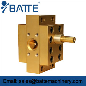 Extrusion gear pump types